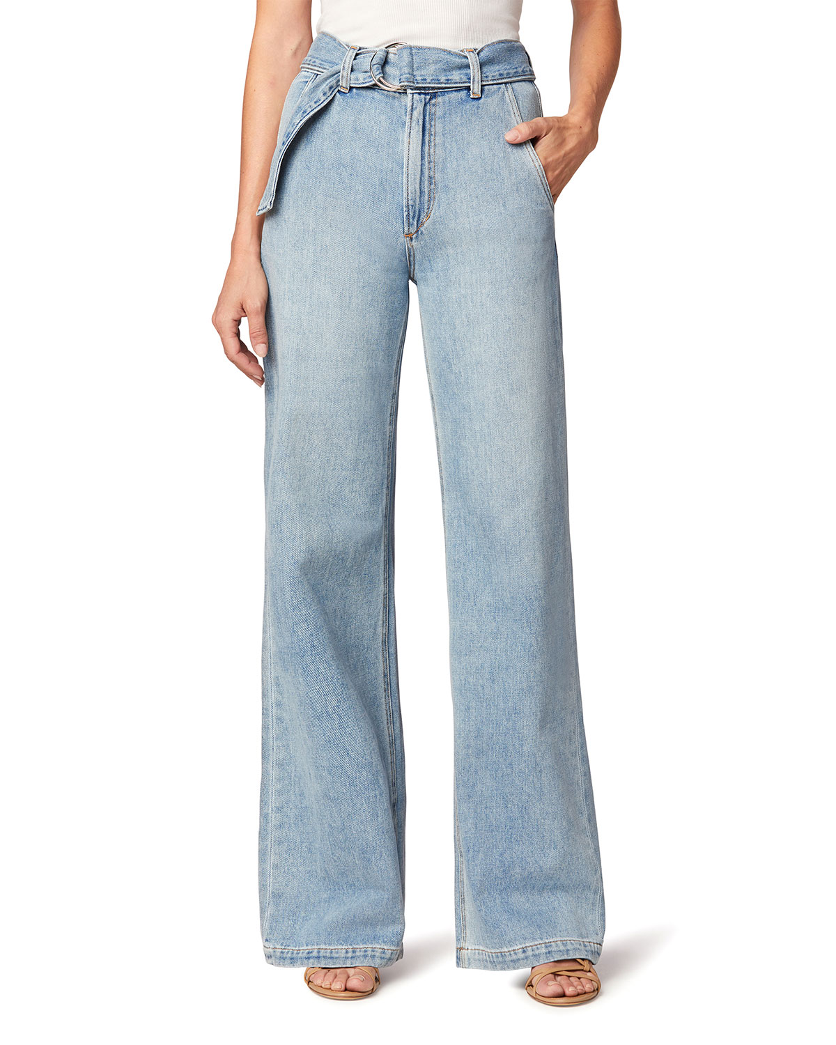 The Belted Wide-Leg Jeans
