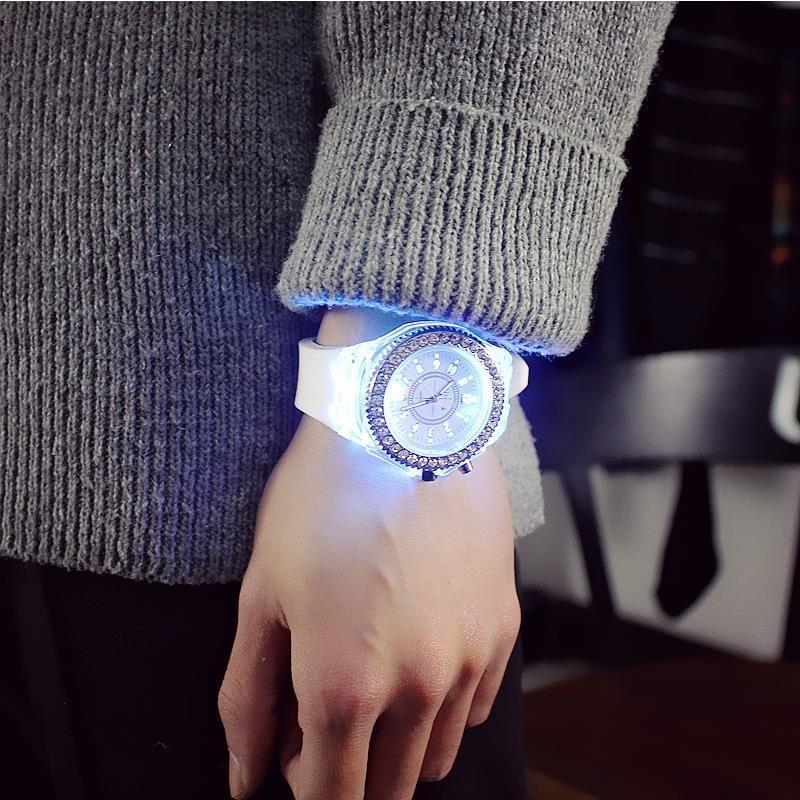 抖音同款夜光手表男女學生情侶韓版簡約潮流網紅蹦迪果凍石英手表