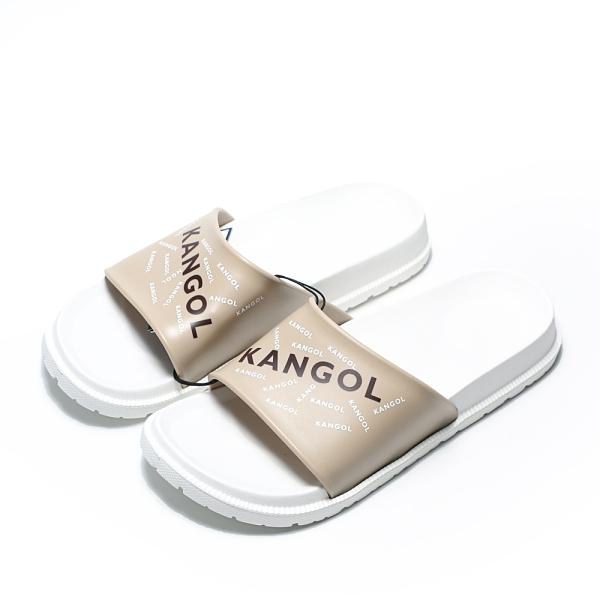 KANGOL 拖鞋 白奶茶 滿版LOGO 橡膠 一片拖 防水耐磨 男女 (布魯克林) 6125162101