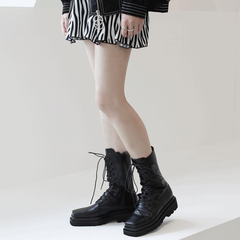 韓國空運 - Square middle flat walker 靴子