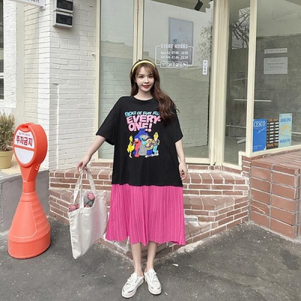 胖妹妹大碼洋裝連身裙~韓版胖mm顯瘦寬松卡通印花壓褶雪紡大擺中長款連身裙636#莎菲娜