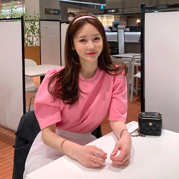 韓國製.甜美百搭素面圓領公主袖上衣.白鳥麗子