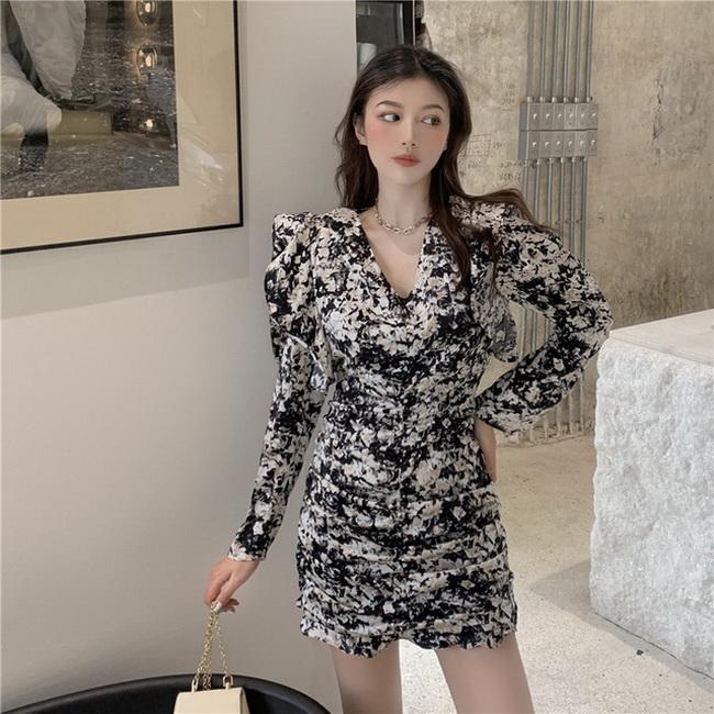 FOFU-港味復古時尚泡泡袖收褶V領包臀連身裙【08SG05618】