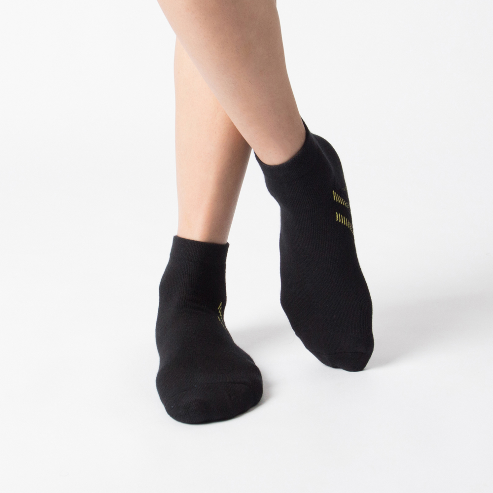斜紋氣流導引運動襪-黑色 (商品編號:S0100511)