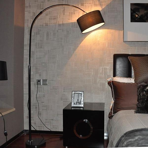 落地燈客廳臥室床頭麻將創意現代簡約LED遙控喂奶學習臺燈 伊衫風尚