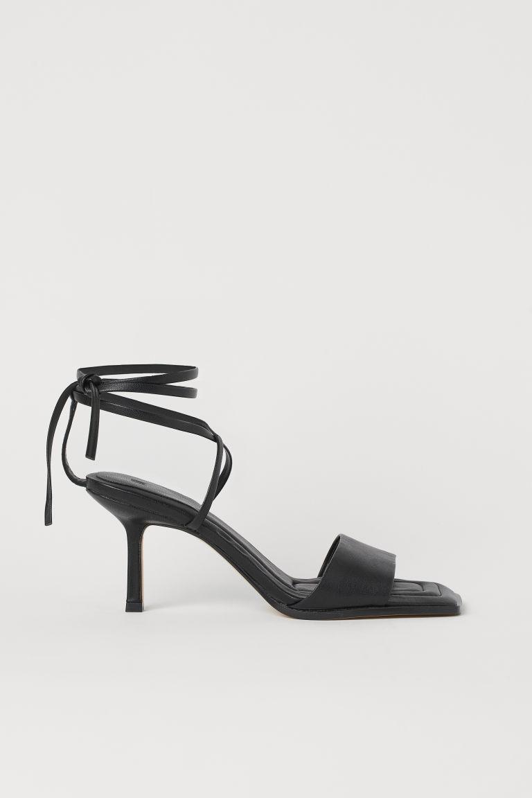 H & M - 綁帶涼鞋 - 黑色