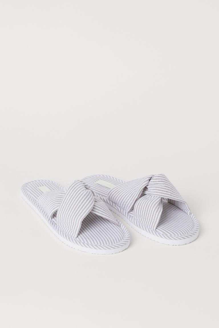 H & M - 結飾家居鞋 - 米黃色