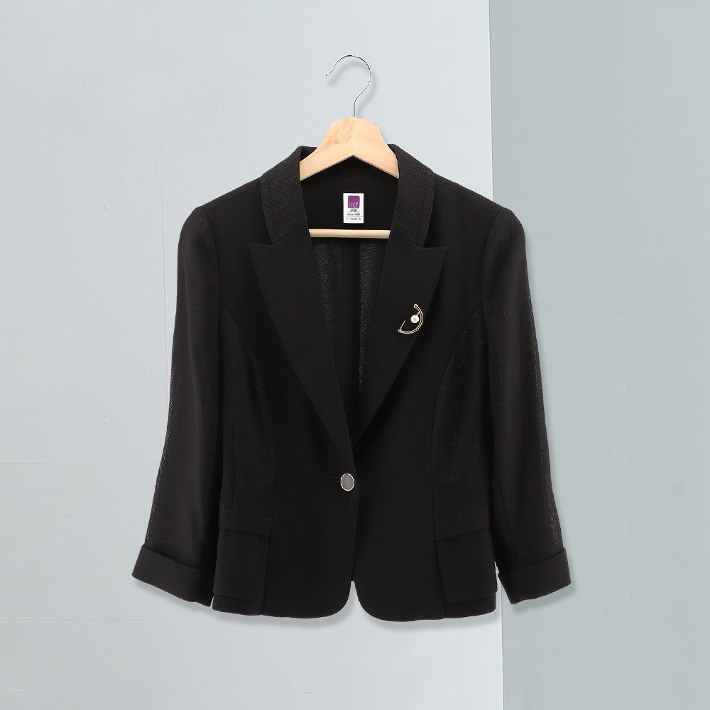 ILEY伊蕾 都會俐落拼接造型西裝外套(黑)956488