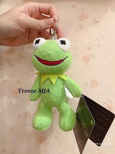 *Yvonne MJA* 美國迪士尼 限定正品 Kermit 青蛙 科米蛙 磁鐵手吊飾 (頭手腳可轉動喔)