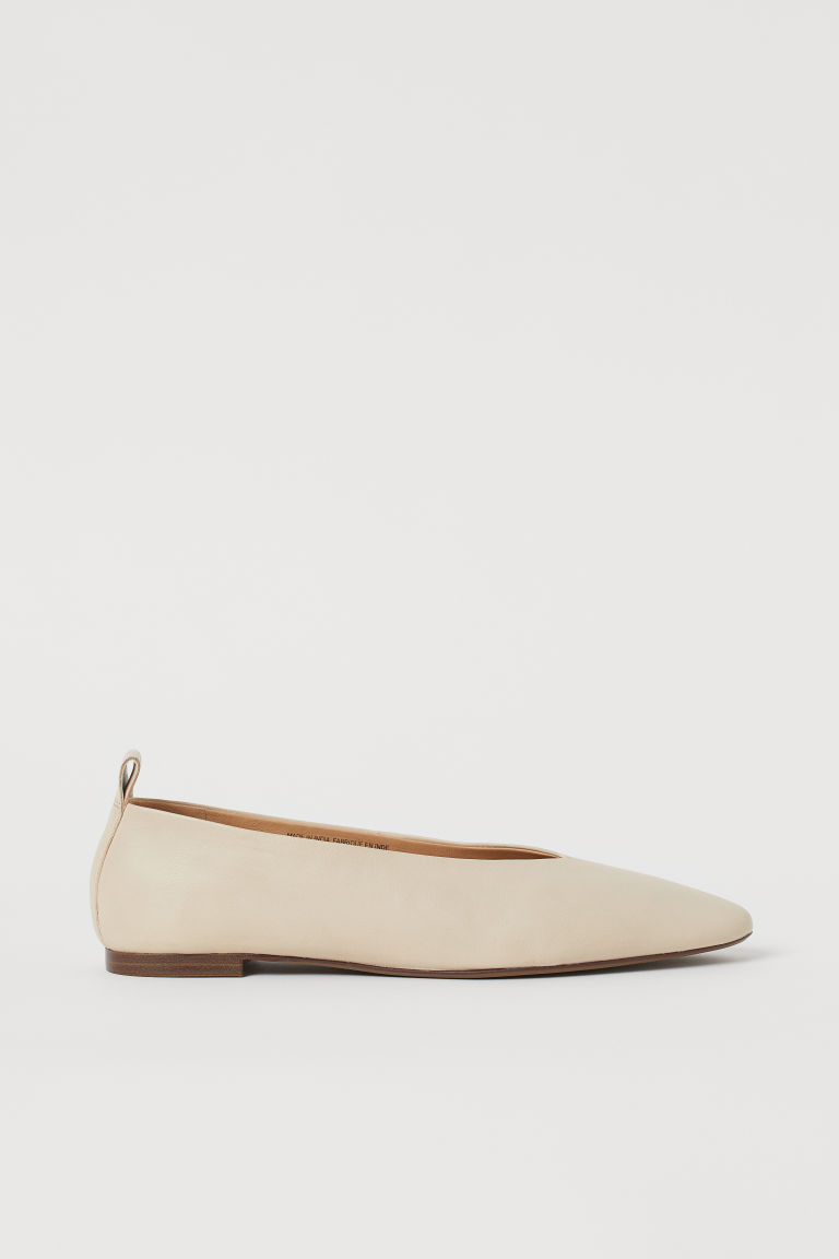 H & M - 尖頭芭蕾淺口鞋 - 米黃色