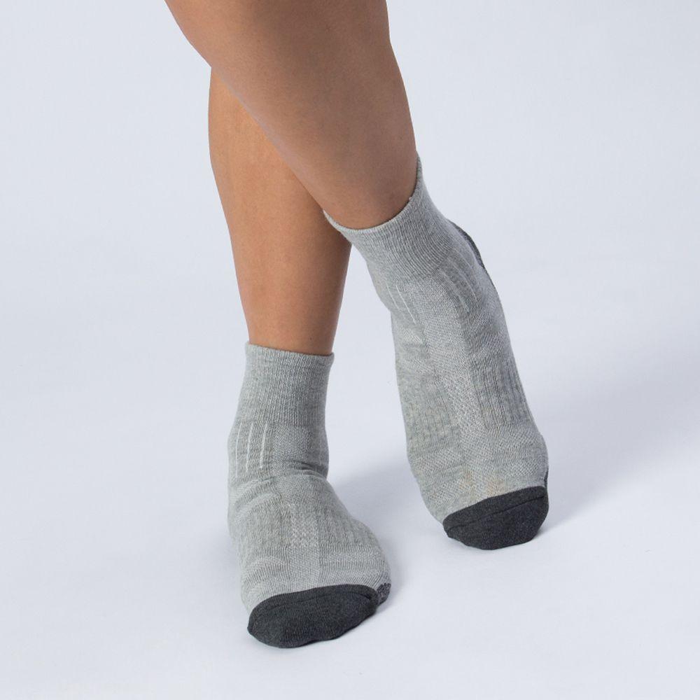 弧型運動襪-淺灰色 (商品編號:S0101114)