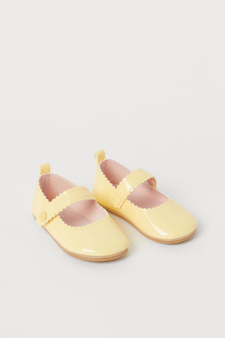H & M - 漆皮芭蕾淺口鞋 - 黃色