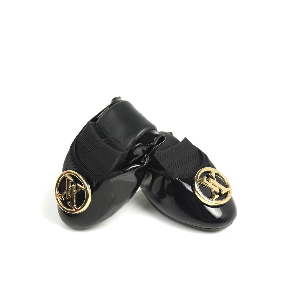 Viina 復刻經典鏡面金釦摺疊鞋 - 黑