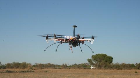 Drones, aprende a volar, configurar e incluso montarlos