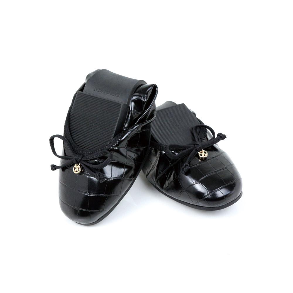 Viina 小LOGO鱷魚紋微方頭摺疊鞋-黑