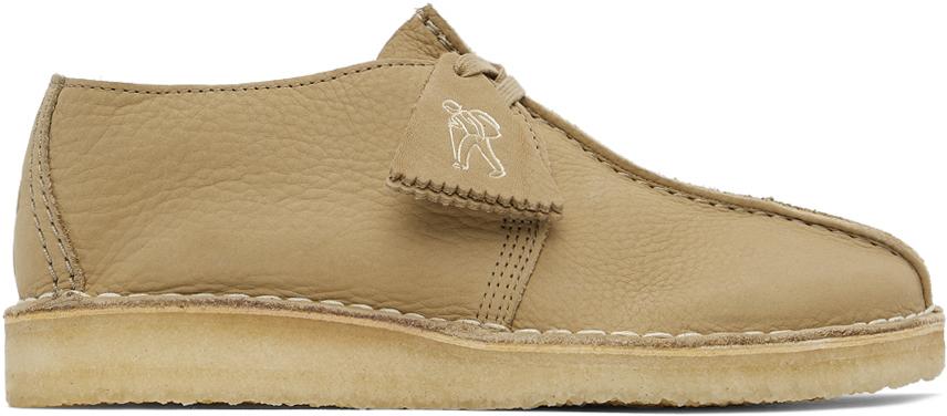 Clarks Originals 灰褐色 Desert Trek 牛巴革德比鞋
