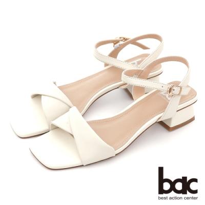 【bac】復古扭轉一字帶粗跟涼鞋-白色