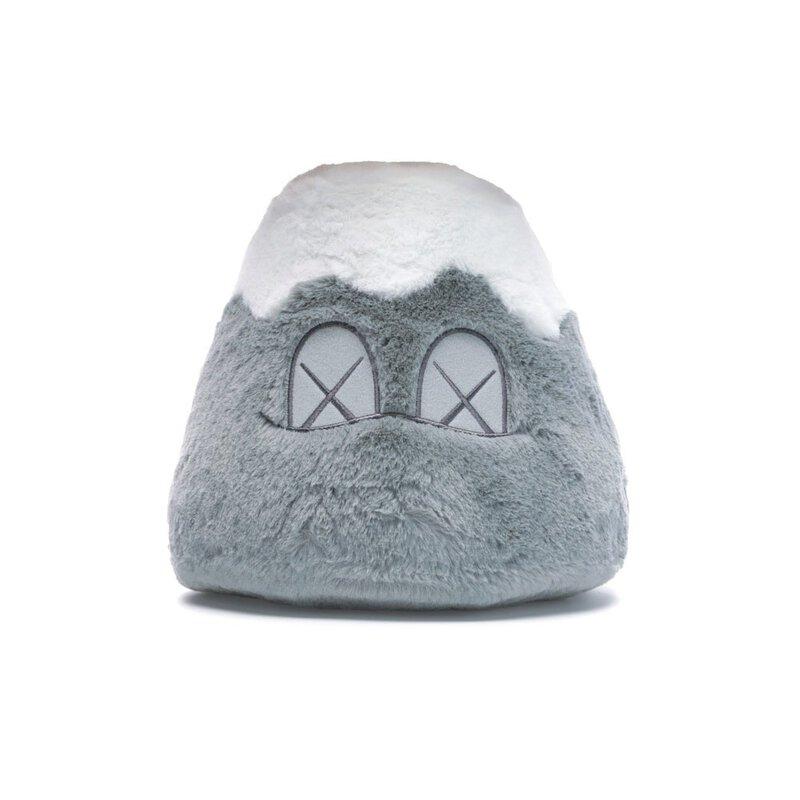 KAWS:HOLIDAY JAPAN 富士山毛絨公仔 灰色
