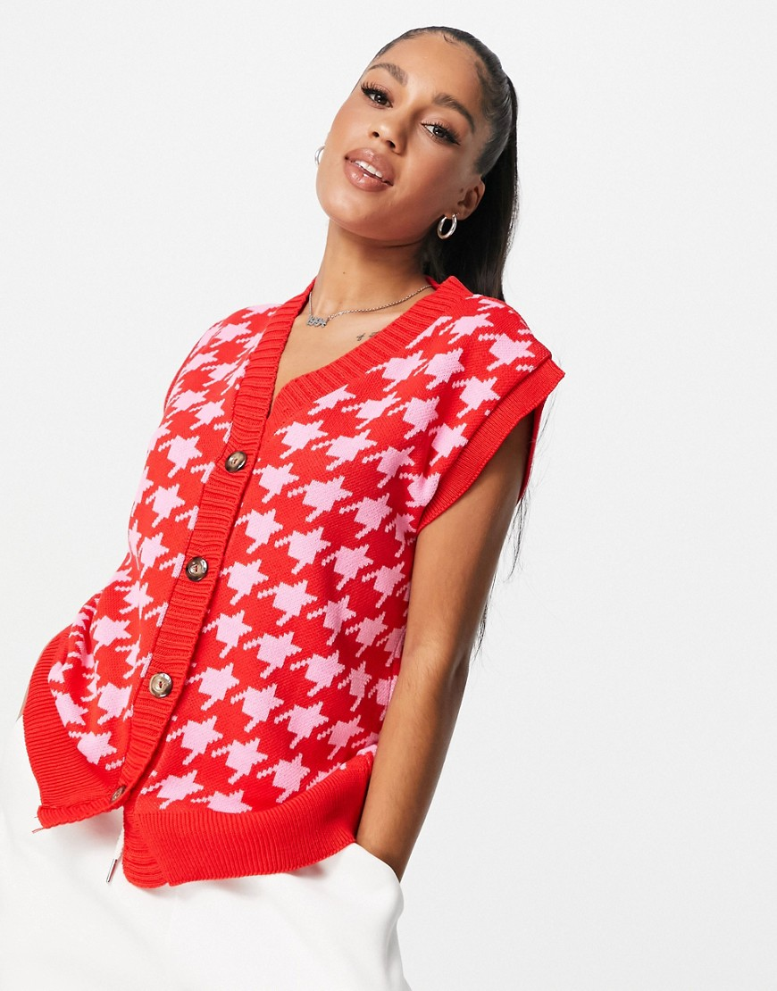 NaaNaa knitted cardi vest in houndstooth in red and pink