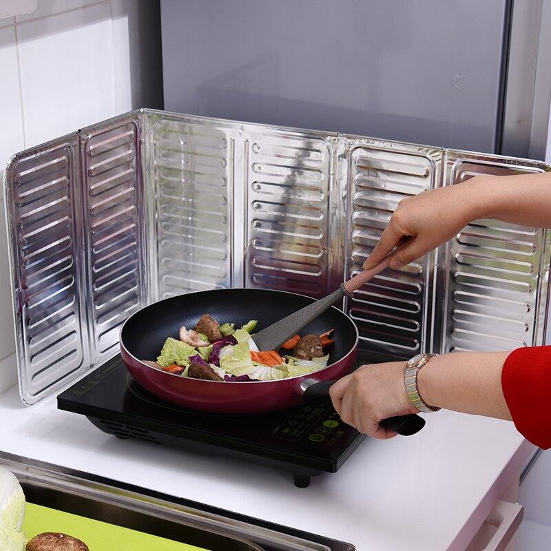廚房擋油板 隔油墻貼 廚房煤氣灶台擋油板炒菜防油濺擋板隔熱板耐高溫隔油防油擋板『cyd0173』