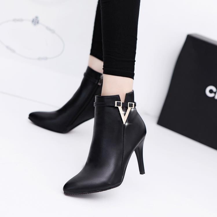 春季歐美單靴女靴短筒靴金屬扣細跟高跟側拉鏈馬丁靴尖頭時尚短靴