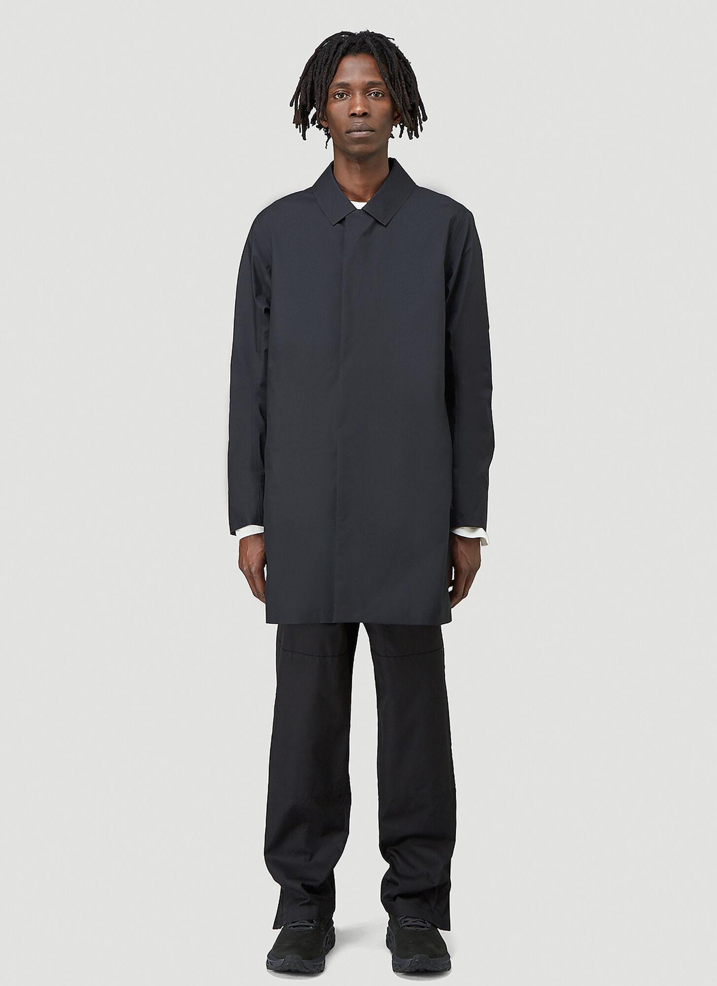 male Black 100% Polyamide, 100% Polyester.