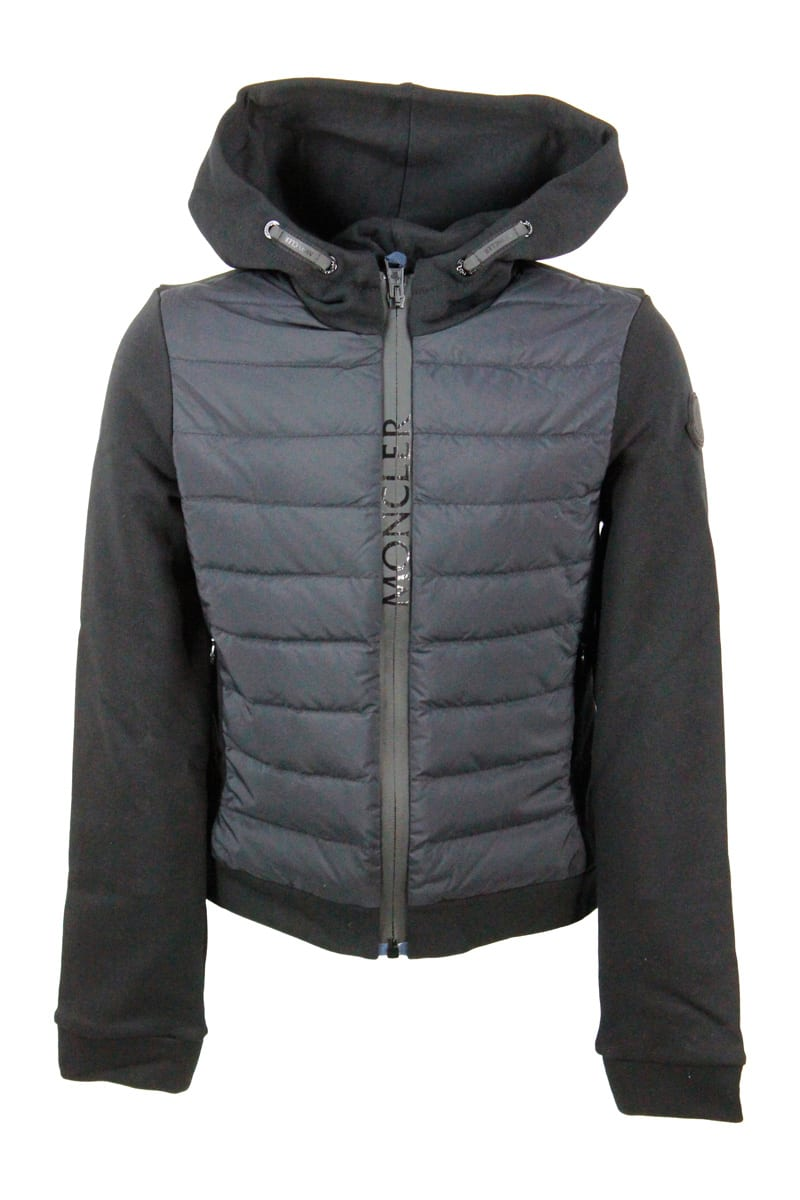 Moncler Long-sleeved Sweatshirt With Hood And Front In Nylon With 100 Grams Padding