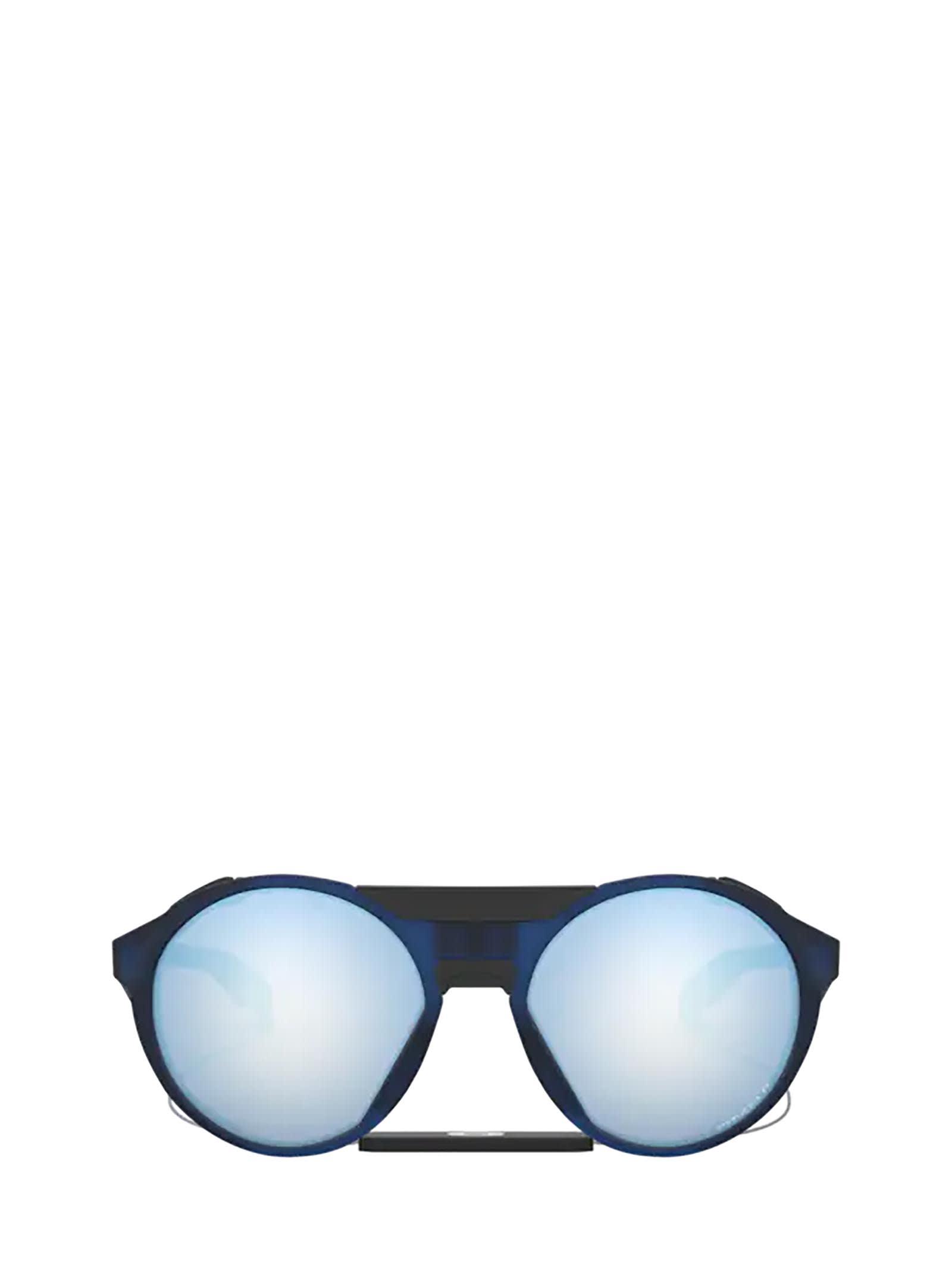 Oakley Oakley Oo9440 Matte Trans Blue Sunglasses