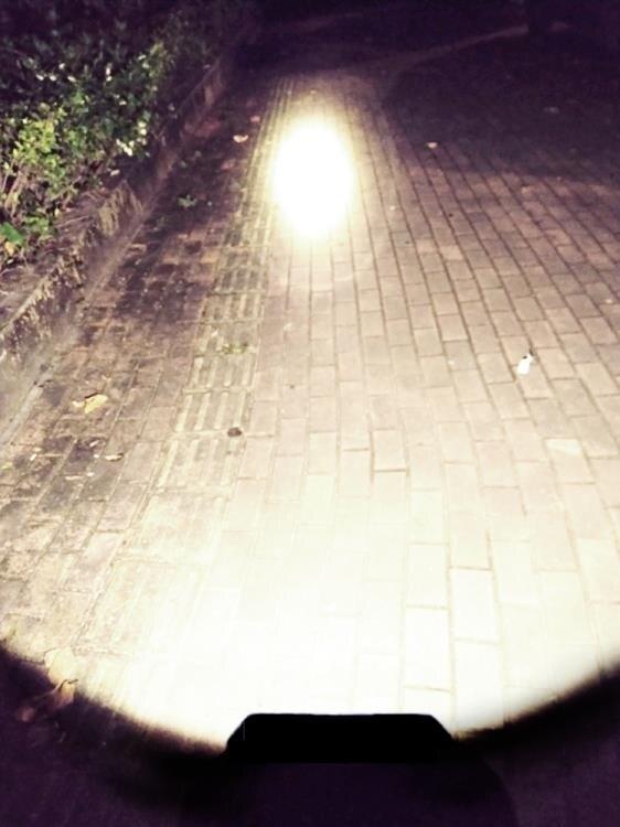 夯貨折扣! 手電筒 手電筒強光探照燈充電手提燈戶外超亮工作燈太陽能野外手電5000