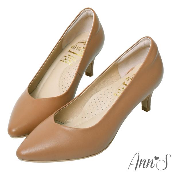 ❀足弓系列第二件88折❀Ann'S舒適療癒系低跟版-V型美腿綿羊皮尖頭跟鞋6cm-棕(版型偏小)