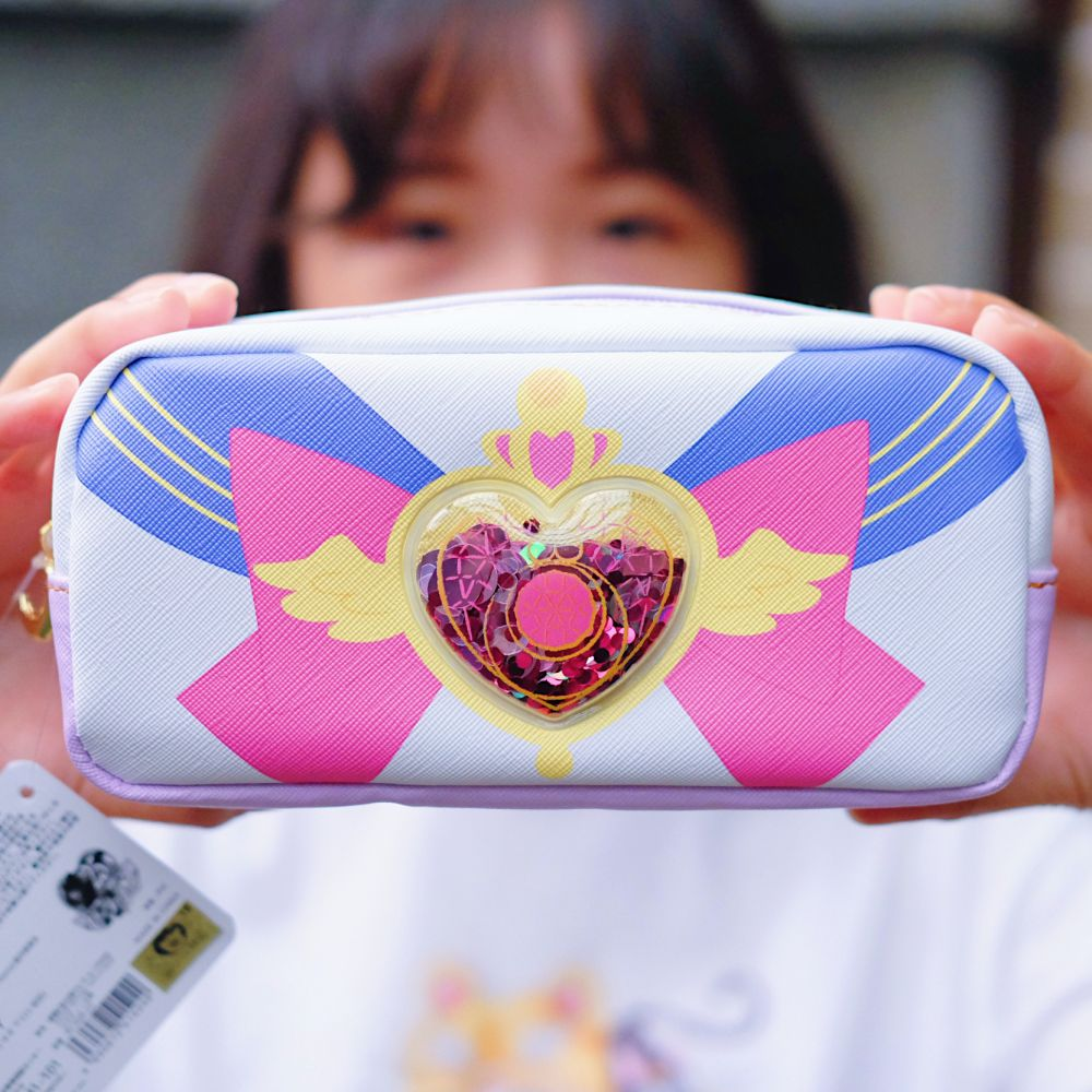《Sailor Moon》日本商品 水手服皮質亮片收納包 筆袋 美少女戰士 25週年限定 劇場版Eternal