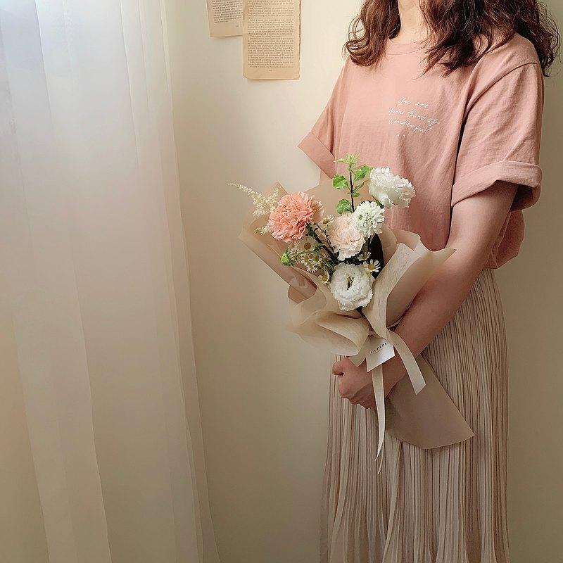 鮮花康乃馨小花束 韓式小花束 母親節花束/母親節花禮/母親節禮物