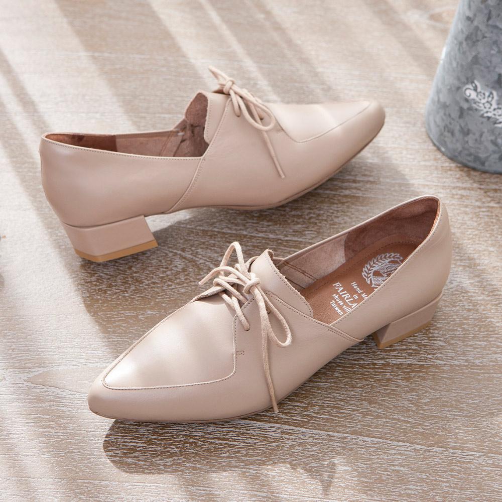 【新品】小時光 經典學院綁帶尖頭低跟牛津鞋 可可棕 (602376)