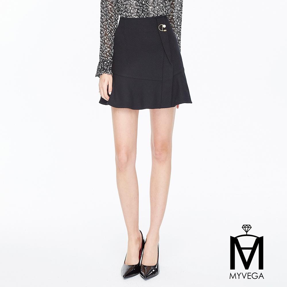 【麥雪爾】MA俏麗荷葉短裙-黑