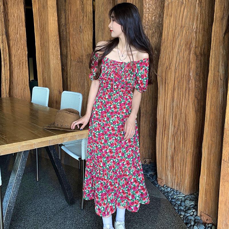 M-4XL大尺碼衣著 大碼女裝2021夏V領碎花裙泡泡袖沙灘裙法式復古收腰連衣裙 短袖洋裝