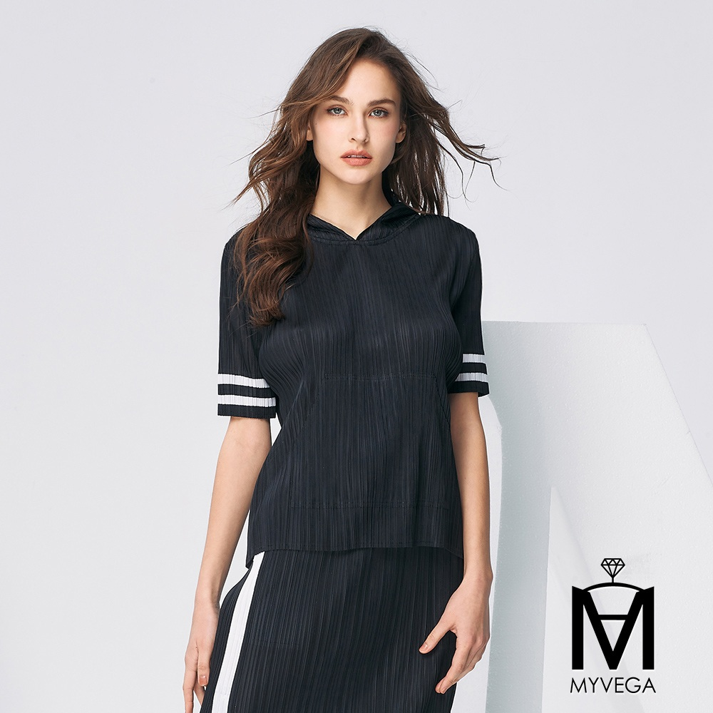 【麥雪爾】MA三宅風壓摺素面套裝-上衣