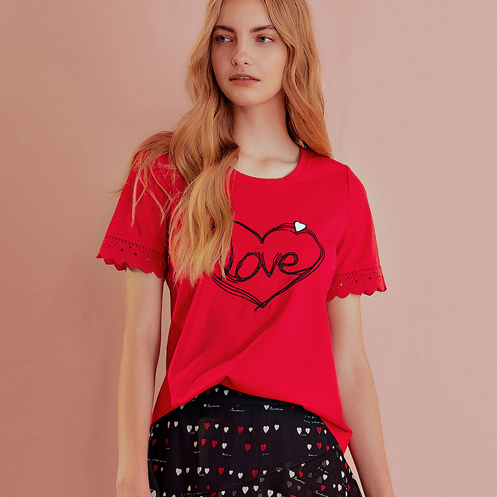 OUWEY歐薇 愛心字母蕾絲拼接上衣(白/紅)J58111
