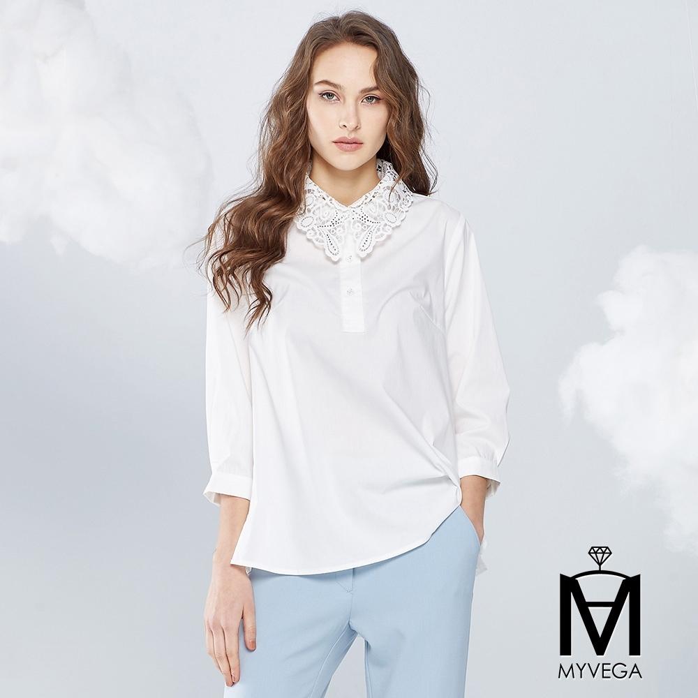 【麥雪爾】MA鏤空蕾絲雕花領上衣-白