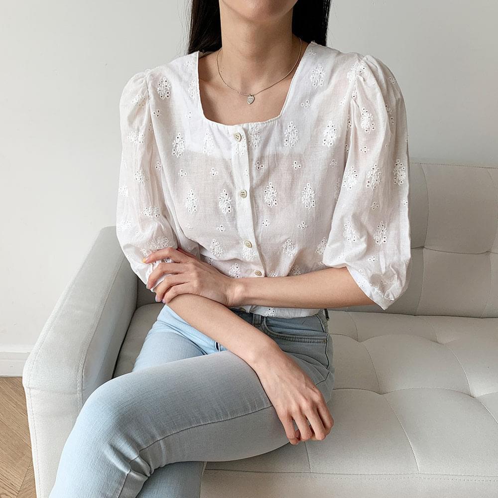 韓國空運 - Punched puff five-piece blouse 襯衫