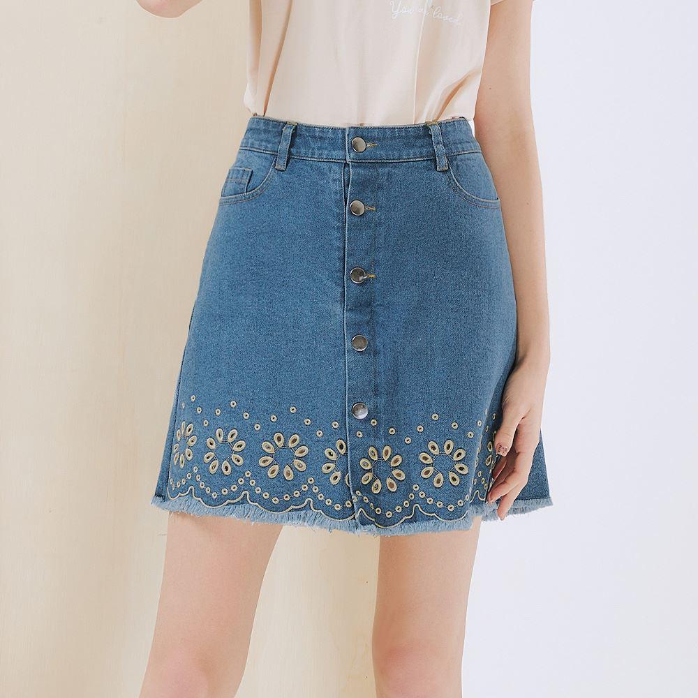 OUWEY歐薇 氣質縷空刺繡排扣牛仔褲裙(藍)3212028023