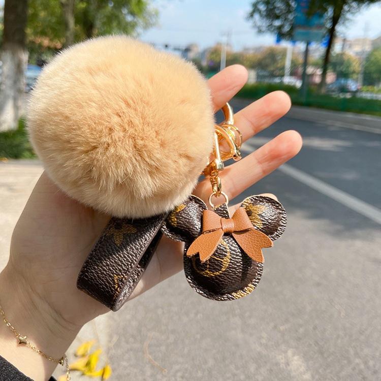 VIVILIAN創意小禮品網紅蝴蝶結花紋小熊頭皮革百搭鑰匙扣/包扣吊飾
