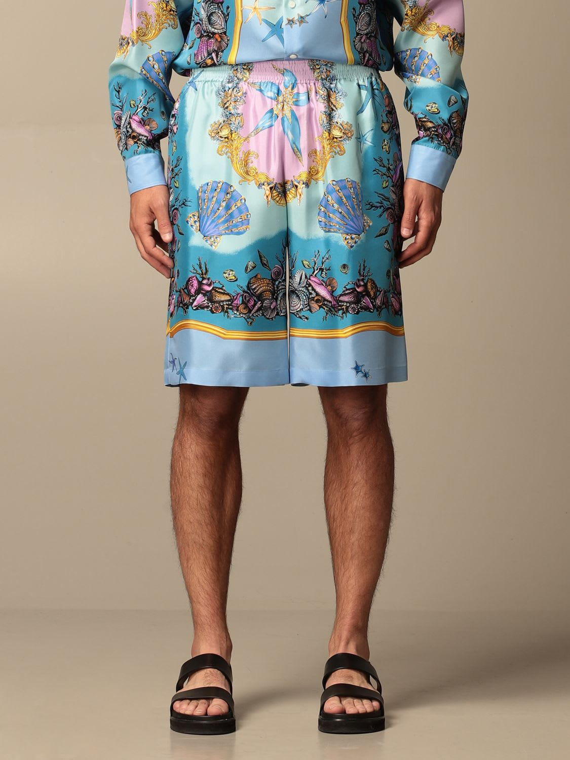 Versace Short Versace Shorts In Trésor De La Mer Patterned Silk