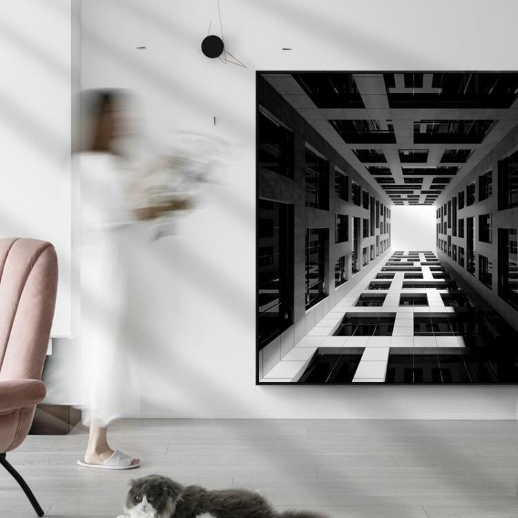 樂天優選 建築型格簡約現代客廳裝飾畫背景牆建築風景掛畫樣板房極簡風牆畫53*53