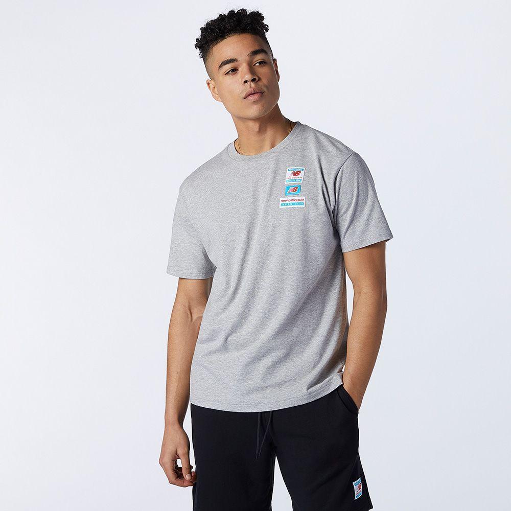 New Balance Essentials 男裝 短袖 休閒 棉質 標籤 LOGO 灰【運動世界】AMT11516AG