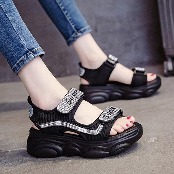羅馬涼鞋女平底鞋2021新款夏季時尚百搭水鑽魔術貼ins厚底鬆糕鞋 快速出貨