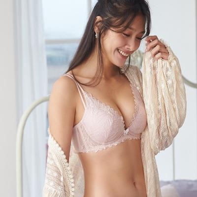 Sandy獨家代言 蕾黛絲-羽量V真水 D罩杯內衣 藕粉