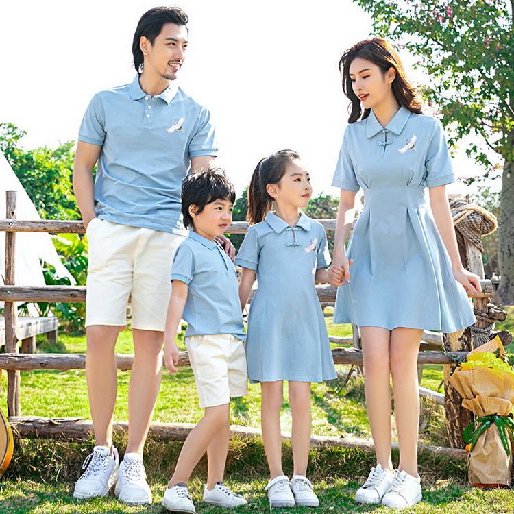 VIVILIAN高品質名族風仙鶴清新藍溫馨一家人親子裝/情侶裝