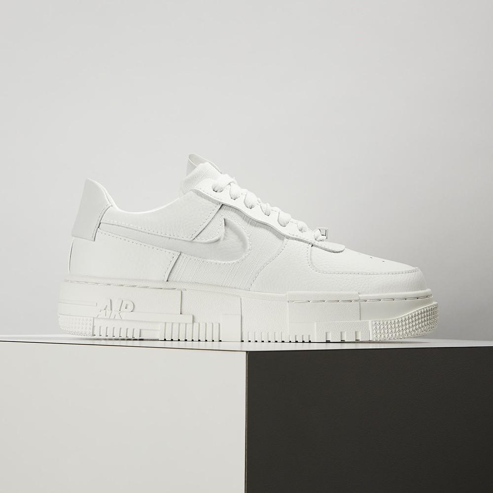 Nike Air Force 1 Pixel 女 白 像素 解構 皮革 休閒鞋 CK6649-102