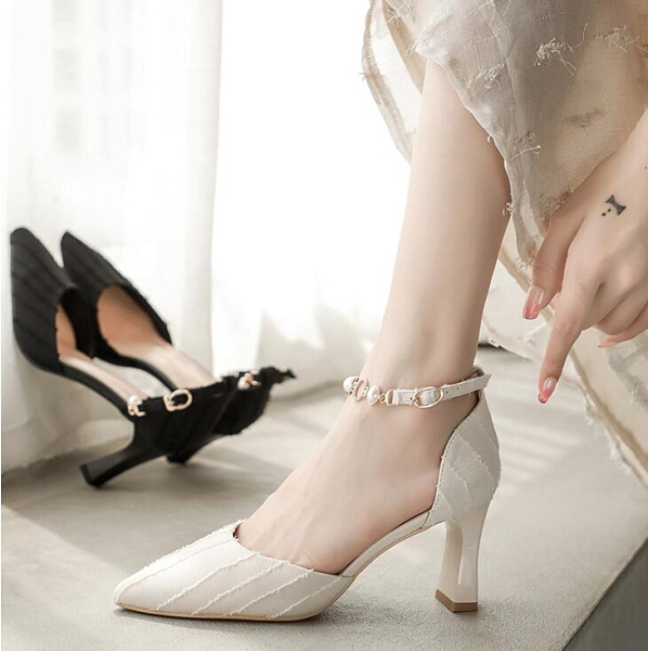 潮女涼鞋 少女高跟鞋女尖頭粗跟2021年新款仙女包頭涼鞋女細跟溫柔鞋春夏【快速出貨八折鉅惠】