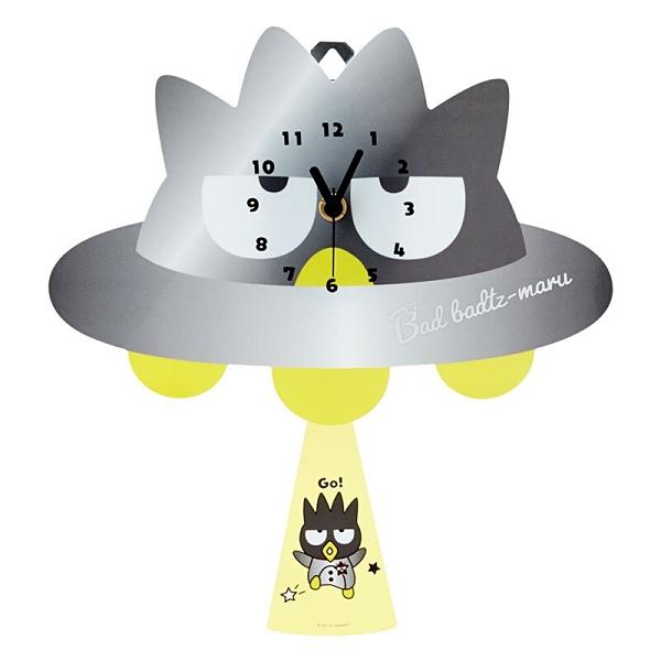 小禮堂 酷企鵝 造型壓克力壁掛鐘 擺鐘 時鐘 壁鐘 (銀 生日宇宙) 4550337-45338